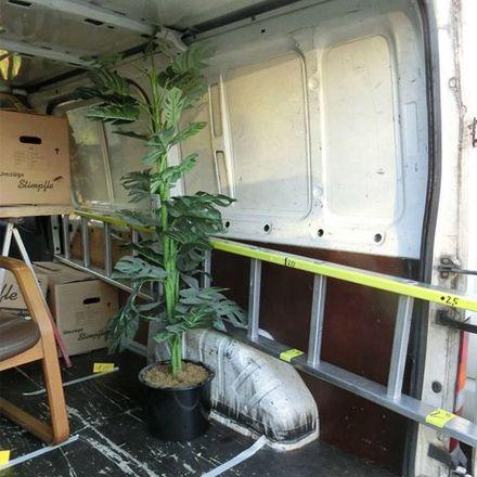 g nstige transporter vermietung lkw vermietung. Black Bedroom Furniture Sets. Home Design Ideas